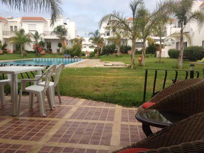 A vendre rabat maison harhoura rabat au maroc 9 pieces for Construction piscine kenitra